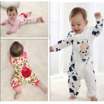 many different kinds of baby garments