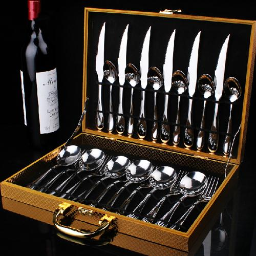 many different kinds of knives&forks